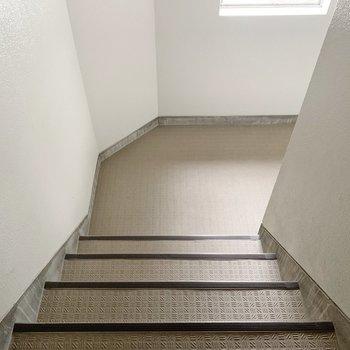 お部屋まで、階段です!良い運動になりそう!