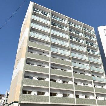 10階建鉄筋コンクリートマンションです。