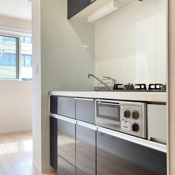 【DK】グリル付きのキッチンです。