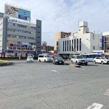 春日部駅前にはお店が充実しています。