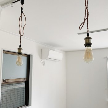 吊るす照明が本当にかわいい◯