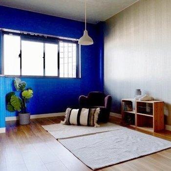【洋室】背の低い家具で揃えてリラックススペースにしてみませんか。子供部屋にも◎