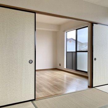 【和室】井草の緑と白壁のコントラストがいい感じ。