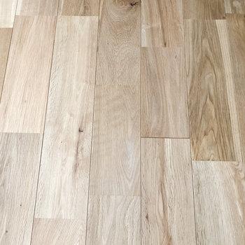 カバサクラの無垢床です