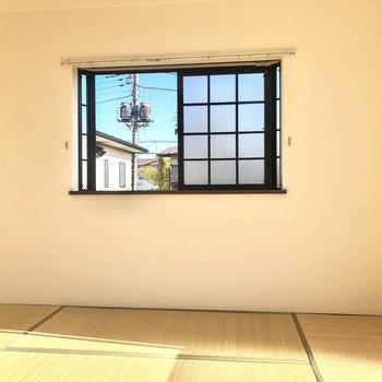 【和室】和室は明るい二面採光です。