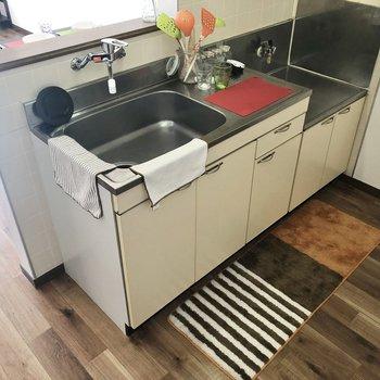 【LDK】カットスペースもしっかりありますよ。※家具・インテリアはサンプルです