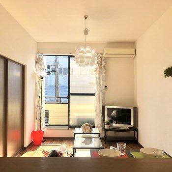 【LDK】キッチンからの眺めも気持ち良いですよ。