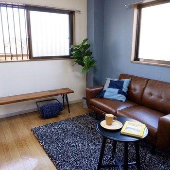 【洋室北】こちらも2面採光で寝室にしたら、自然光で気持ちよく起床できそうですね。