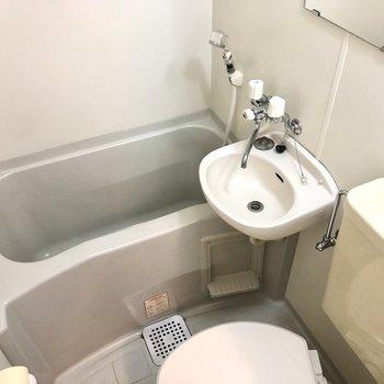 シャワーでまとめて掃除ができますね。