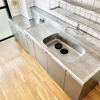 【和室】調理スペースはしっかり確保されてますよ。※クリーニング前の写真です