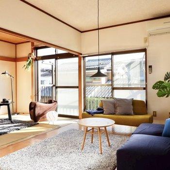 【洋室6帖】南東向きの大きな窓から、開放感が溢れます。