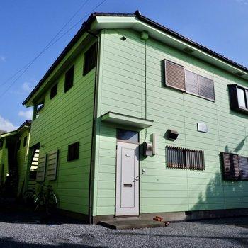 2階建て木造アパート、2階のお部屋です。