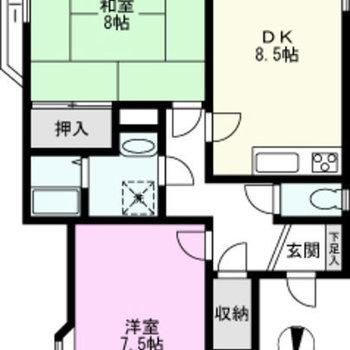 2階にはこちらのお部屋のみ。ゆったり2DKのお部屋です。