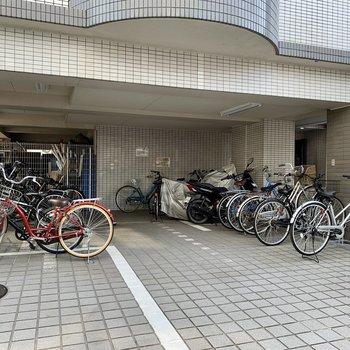 駐輪場付き。お出かけの幅が広がりますね。