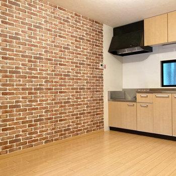 キッチンには窓が付いているので空気の入れ替えがしやすいですね。