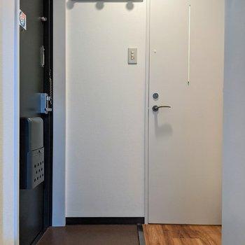 ゆったりとした玄関スペースです。