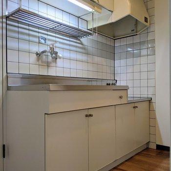 食器置き場、収納もしっかりとついています。