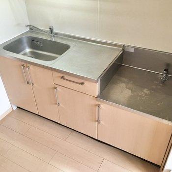 【DK】ゆとりのあるキッチン。家事がしやすそうです。