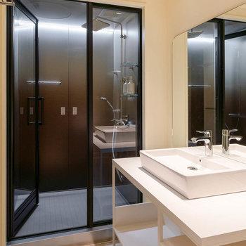 バスルームには、Bluetoothを搭載しています。
