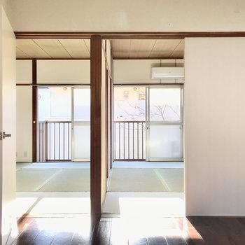 和室は2部屋並び。まずは右側のお部屋から見てみましょう〜!