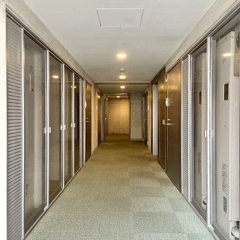 【11階共用廊下】