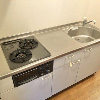 調理スペースも広いですね。※写真は1階の同間取り別部屋のものです
