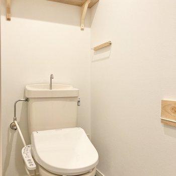 トイレも小物がかわいいんです!