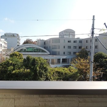 眺望は建物が。自然が気持ちいいです