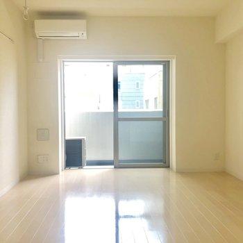 お部屋は広々としています。※写真は4階の同間取り別部屋のものです
