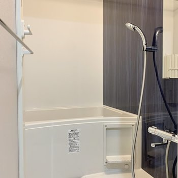 設備が充実したバスルーム。