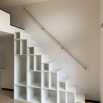 階段を登ってロフトへ