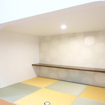 アンダーロフトは照明付き!床は畳でごろごろとくつろげます◎
