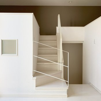 階段を登ってリビングへ。