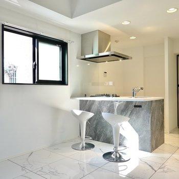 街の中でも一際輝いていたい、あなたに。新築デザイナーズのお部屋!(※写真は2階の反転間取り別部屋のものです)