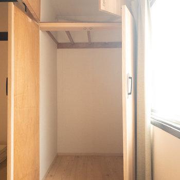 和室1】幅はそこまで広くないですが、奥行きはかなりあります!