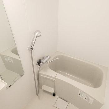 バスルームです。こちらも清潔感抜群。