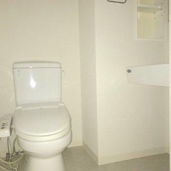 トイレは脱衣所に設置されていました。※写真は4階の同間取り別部屋のものです