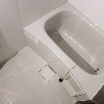 ピカピカのお風呂に早く入りたいな。