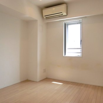 【】※写真は7階の同間取り別部屋のものです