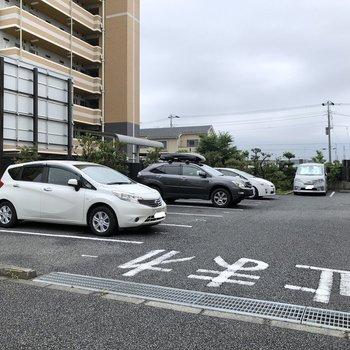 駐車場もご用意。(空き要確認)