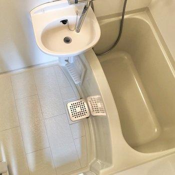 洗い場スペースも確保。※写真は3階の反転間取り別部屋のものです