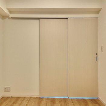 【洋室】まずは洋室からみていきましょう。