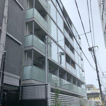 マンションは新築です。