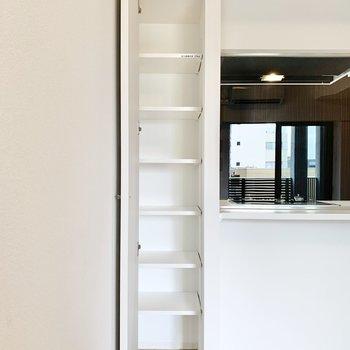 【LDK】※写真は8階の同間取り別部屋のものです