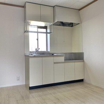 【DK】ゆったりしたスペース感でした。冷蔵庫や家電ラックも置けるゆとりあり。