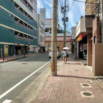 大橋駅まで徒歩1分。マンション入口を出て、右にもう見えます。