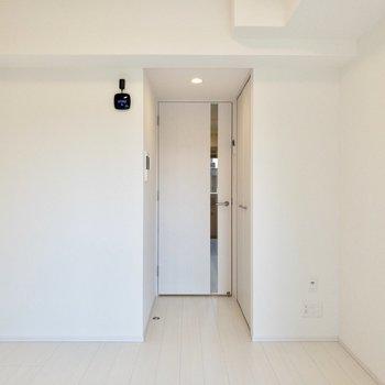 黒のインテリアが決まりそうです。※写真は3階の反転間取り別部屋のものです