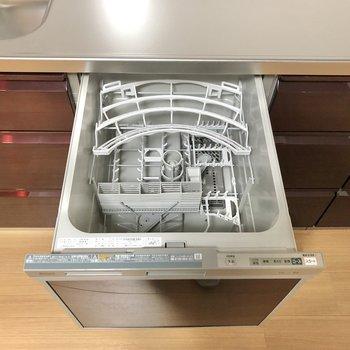 【DK】洗い物が捗る食洗器も付いています。