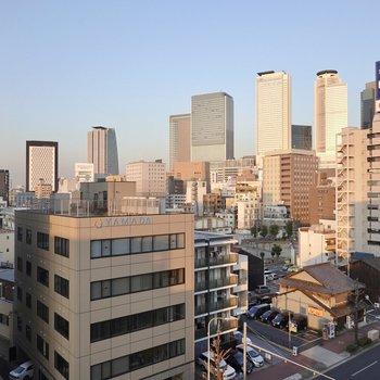 北東方向には名古屋駅のビル群も!自転車で行ける範囲内ですよ。