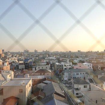 名古屋の街が一望できます!ここを寝室にして、毎朝この景色を眺めたいな。